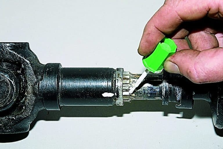 должны помнить, передний кардан бьет по кузову нива 21213 термобелье каждый день